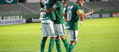 Após três jogos invictos, CRB perde para o Goiás fora de casa e sai do G-4 da Série B