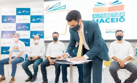 Alfabetiza Maceió: Profissionais aprovam formação continuada