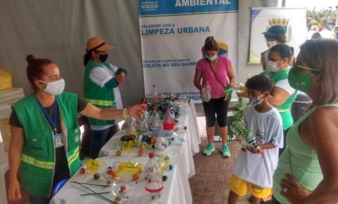 Ação da Prefeitura na Jatiúca orienta crianças sobre cuidado com a natureza