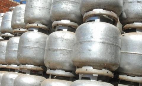 Botijão de gás pode chegar a R$ 90 em Alagoas após mais um aumento